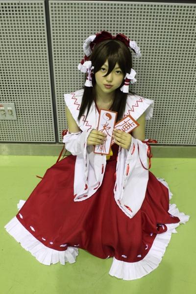 08_mizuki_reimu_16